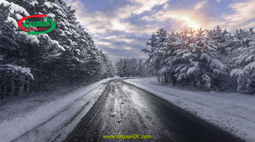 نکات ایمنی رانندگی در برف و یخبندان زمستان
